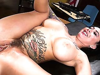 Mummy With A Big Tattoo And Big Boobies Lily Lane Is Fucked On The...