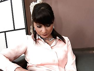 Fully Clothed Mummy Tera Joy Lets Dude Piss Onto Her Face