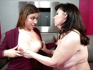 Fresh Dark Haired And Matures Mega-bitch Undress To Taunt Humid...