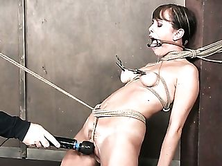 Wild Vivid Mummy Alana Cruise Gets Crucified And Masturbated Truly...