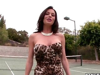 Veronica The Squirting Teenager Tennis Player