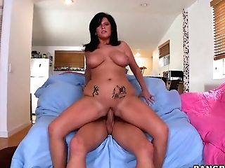 Curvy Cougar Lachasse Rails On Tall Neighbor